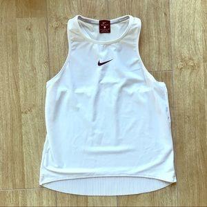 Nike Maria Breathe pleated tank, Sz S
